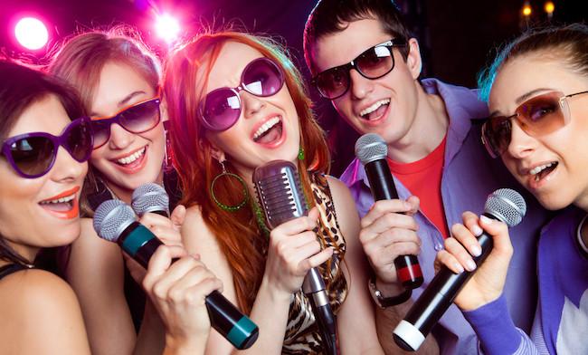 cantar entre amigos
