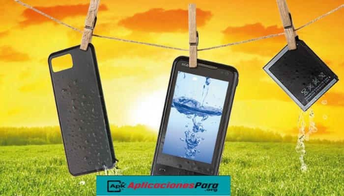 Como reparar tu smartphone mojado